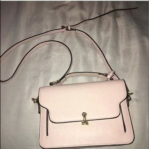 Handbags - ‼️SOLD‼️Light pink Purse